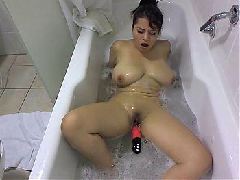 Hot Colobian masturbates in the hot tub