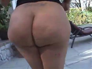 Big Booty Latina MILF takes BBC